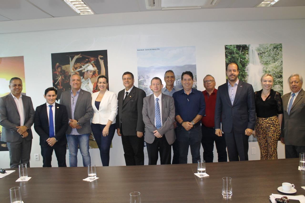 Comissão do FIA se reúne na prefeitura para debater sobre evento
