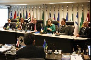 Presidente do CRA participa de reunião em Brasília