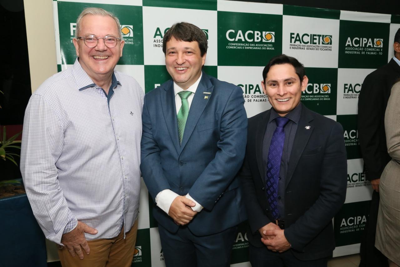 Presidente do CRA participa de solenidade de posse da FACIET