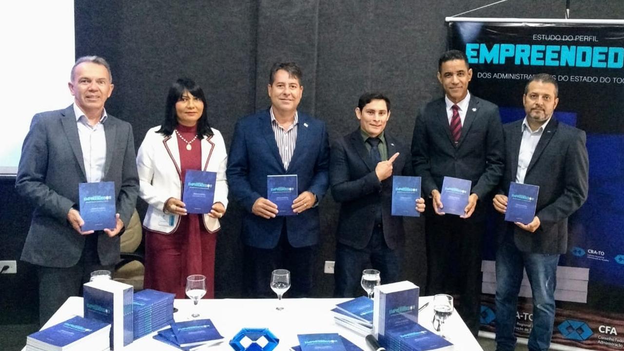 Vice-presidente do CRA lança livro sobre perfil empreendedor