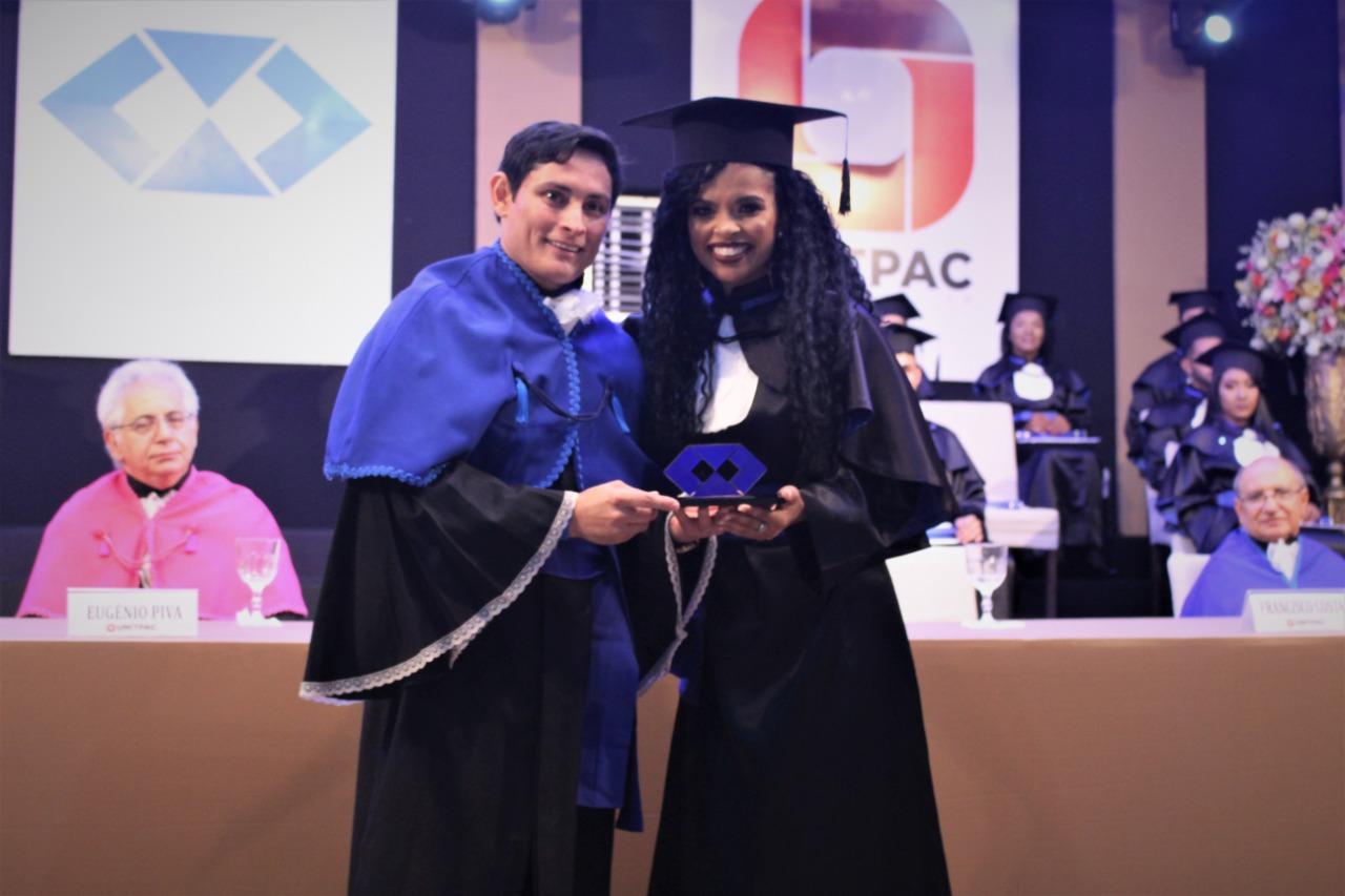 Presidente do CRA-TO participa de colação de grau do ITPAC de Araguaína